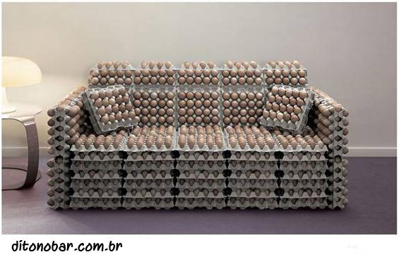 sofa-com-ovos