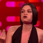 """Jessie J cantando """"Bang Bang"""" sem abrir a boca"""