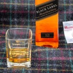 Harris Tweed Hebrides e Johnnie Walker criaram um cobertor que cheira a Whisky
