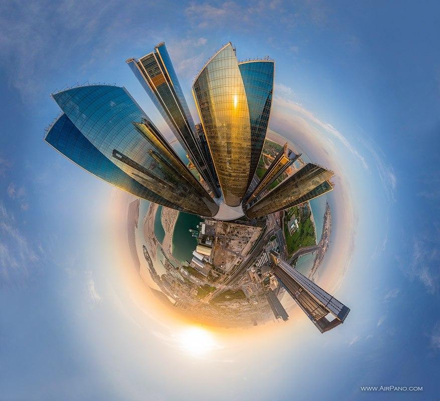 Grandes cidades do mundo transformadas em pequenos planetas