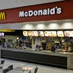 cambalhota no balcão do McDonalds