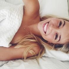 Alexis Ren é a beleza em pessoa - mulheres gostosas