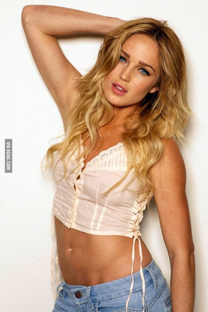 Caity Lotz, canario branco legends of tomorrow