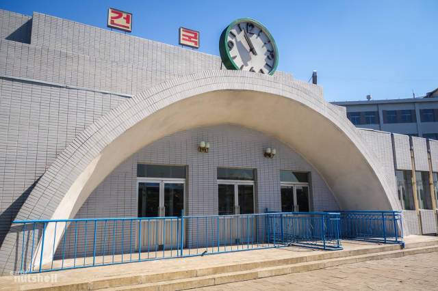 coreio-do-norte-abre-suas-estacoes-de-metro-para-estrangeiros23