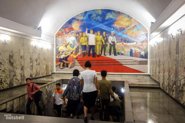 Coreia do norte abre as suas estações de metrô para estrangeiros