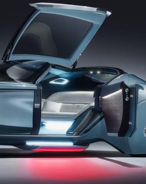 versao-futuristica-do-rolls-royce-que-dirige-sem-volante13