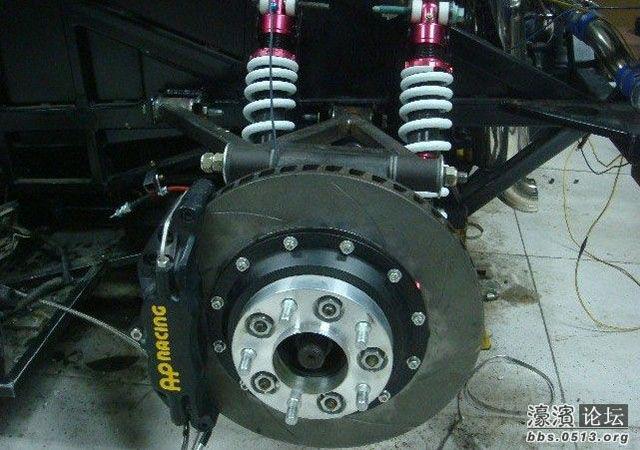 Engenheiros Chineses constroem a Lamborghini Diablo dos seus sonhos
