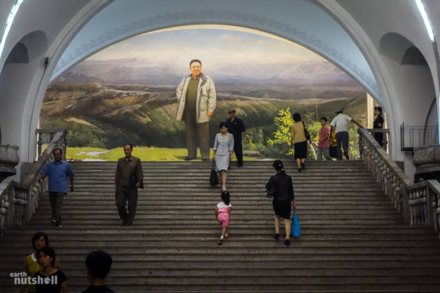 coreio-do-norte-abre-suas-estacoes-de-metro-para-estrangeiros30