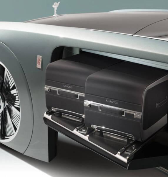 versao-futuristica-do-rolls-royce-que-dirige-sem-volante6